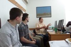 19-docent_dr_srdjan_krco_postavlja_pitanja